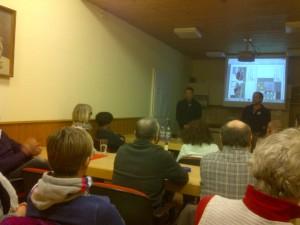 Pius Mayer und Waldi Hummel bei der Vorstellung des Projektes im Thaler Treff
